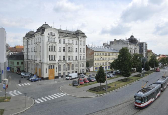 Občané doplatí na špatné hospodaření města. Vedení radnice chce v Olomouci zvýšit daň z nemovitosti o 100%