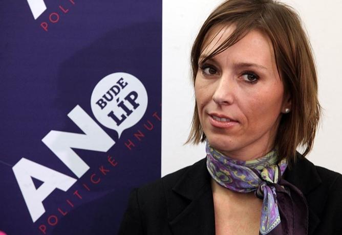 Politici musí najít odvahu zakročit proti nezaměstnanosti mladých