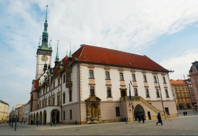Hnutí ANO se připravuje otevřít radnice na Olomoucku