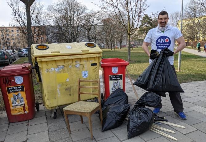 Naši členové se zapojili do úklidu v rámci tradiční akce Ukliďme Česko