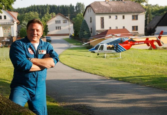 Jaroslav Špaček: V práci zachraňuje lidské životy, ve volných chvílích píše knihy